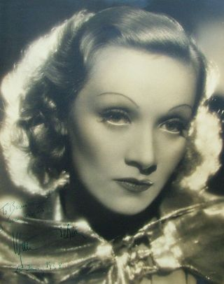 "Marlene Dietrich Signed 11""x 14"" Silver Gelatin Matte-Finish Photo 1938"